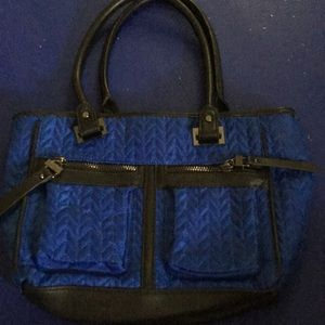 Pretty Blue Nicole Miller Bag with lots of Pockets